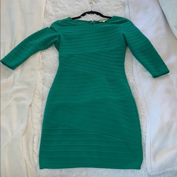 Gianni Bini Dresses & Skirts - Gianni Bini green dress